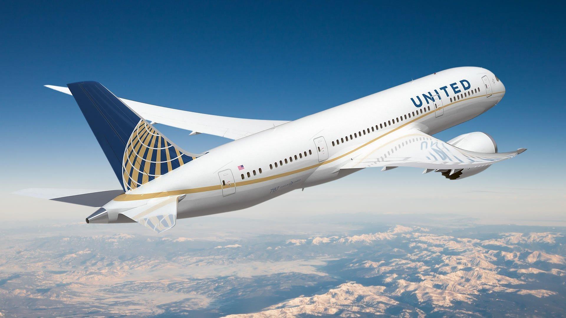 United 787 800 RR